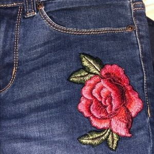 New York AND company flower embroidered jeans